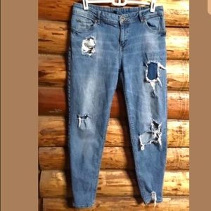 H&M Divided Jeans Distressed / Ripped Stretch Sz 8